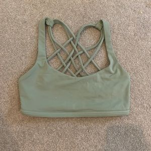 Lululemon free to be bra wild sports bra